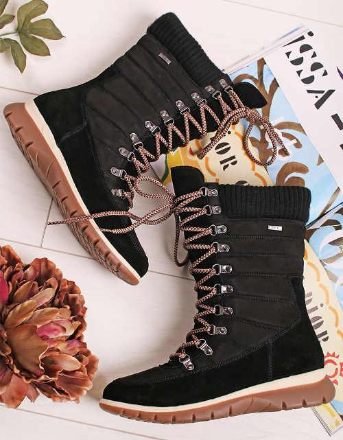 Fekete fűzős női téli csizma