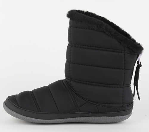 Könnyű női téli csizma, amelyet még a lábán sem fog érezni